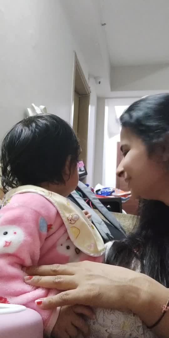 #kareena #katrina #funnyvideo #funwithfamily #love #guppy