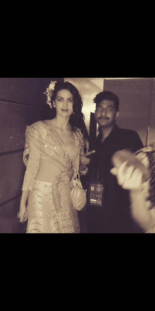 #inida #indianfashion #anujhaircoiffuer#instagram #actressfashion #hairstyles #hairdo #model #rampwalk