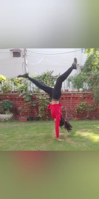 #dancer #tumble #acrobatics #actobats #tumbling #handspring #handstand
