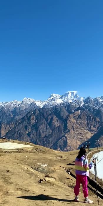 A feast for eyes. #beautifuldestinations #incredibleindia #mountains #mountainside #uttarakhand #uttarakhandheaven #uttarakhandtourism #uttarakhanddiaries #uttarakhandvibes