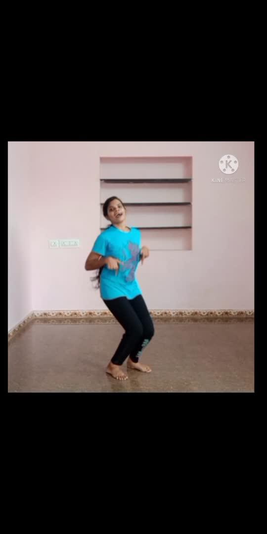 Enna mayilu😜 #lift #dance  #roposostar #risingstar #shivakarthikeyan #enjoy #dancerslife #dancer #danceindia #dancelove #trendingvideo #trending #beats #dancelover