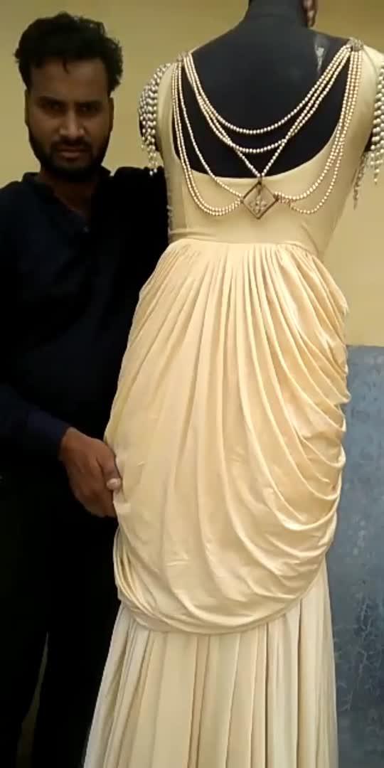 #FashionAtHome#gawn #faishon #meadinindia