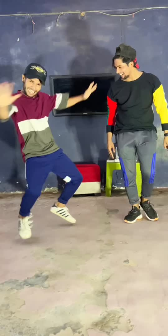 govinda style 😎 #dance #viral #foryou #viral #roposo