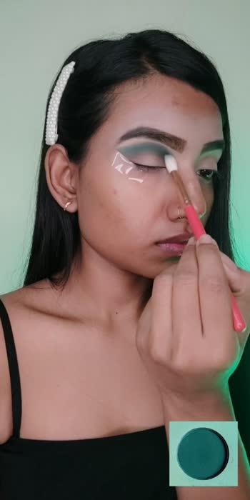 #eyemakeuptutorial #greensmokeyeyes #makeuptutorial