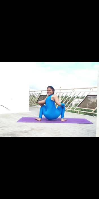 #roposo #fitnessmodel #yogini