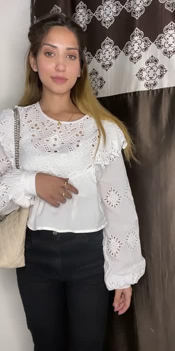 ###shivanidhyani #strongerwoman #myswag #youarebeautiful #lifestyle #blooming #glamlook #mylook #mylooktoday #styleblogger #styleindia #roposostar #roposotrending #roposofashionquotient  #roposoindia #roposobeaut #selflove #stayhome #stayhomestaysafe #stayhomeindia #fashionathome #fashionista