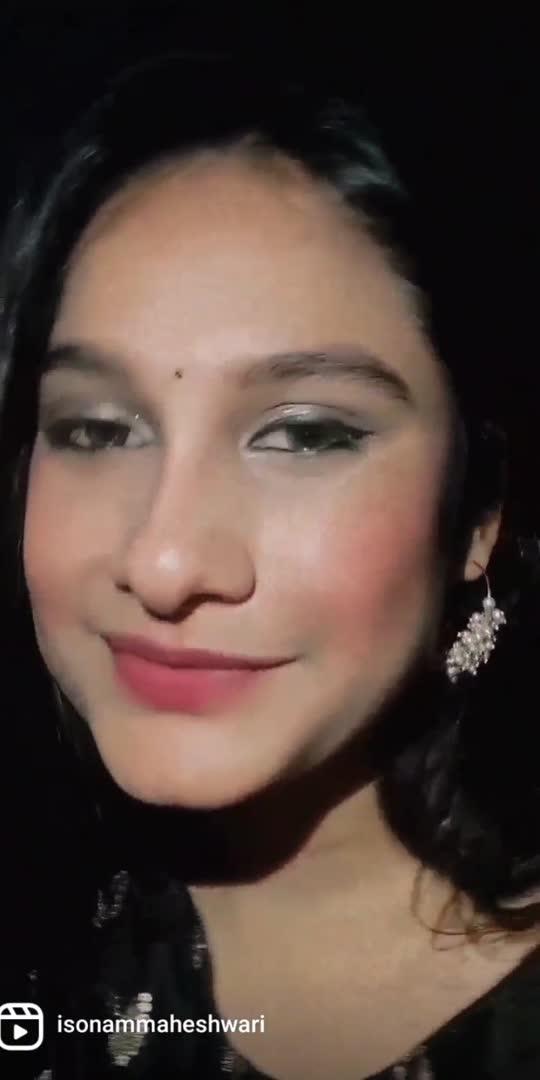 #roposostar #sayitwithme #roposobeats #sayit #eye #eyesexpression #lookoftheday #expressions #songslover #lovesongs #trending #trendingonroposo #viralvideo #viralonroposoonly #ropsovideo #eyemakeup #indianlook #indianfashion #eyeslove #slowmo #slow