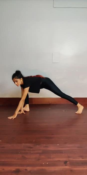 #nishtha #fitonbeat #dance #acro #acrobat #acrobatics #yoga
