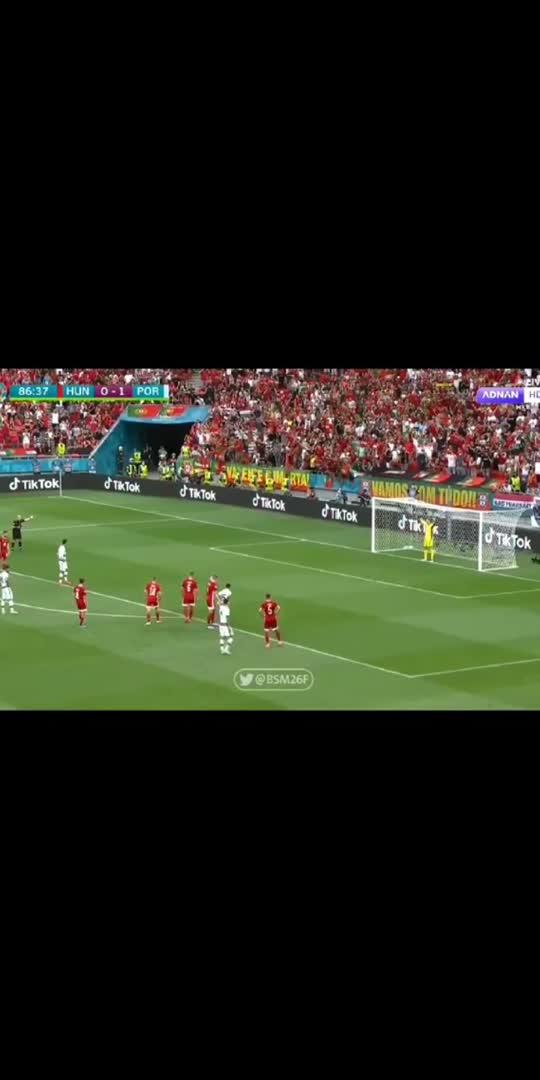 #uefachampionsleague #cr7 #ronaldo #ronaldo_forever #football #footballseason #portugal #cr7army #cr7skills #cr7lover