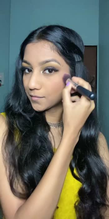 #roposo #roposostars #roposobeauty #wokeuplikethis #lookgoodfeelgood #roposolove #indiakaapnavideoapp #roposostarweek #desibeat #fitonbeat #makeup #makeuptutorial #howdesiareyou #poseclick