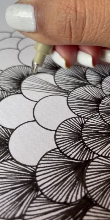 Simple lines 💖  #art #artwork #artist #artoftheday #artistsoninstagram #lineart