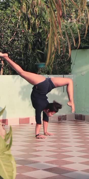 yoga life.. #yogachallenge #yogainspiration #yoga #yogaeveryday #yoga4roposo #yogamotivation #yogafitness #yogamotivation