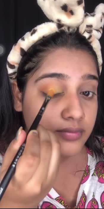 Sunset eye makeup tutorial ☀️ PART 3💛  #Getreadywithme #makeup #makeupartist #makeuptutorial #sunsetmakeup #sunset #sunrise