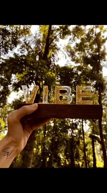 vibe resin letter stand...  Dm us for orders insta https://instagram.com/_aartsyfartsy_?utm_medium=copy_link #resin #roposostar #roposo #roposo-beats #forme #creator #entrepreneur #smallbusinessowner #dmfororders #dmforquery #dmfordetails# #collaboration #sayitwithme #sayingsoftheday #yourfeed #viralvideo #viralvabes