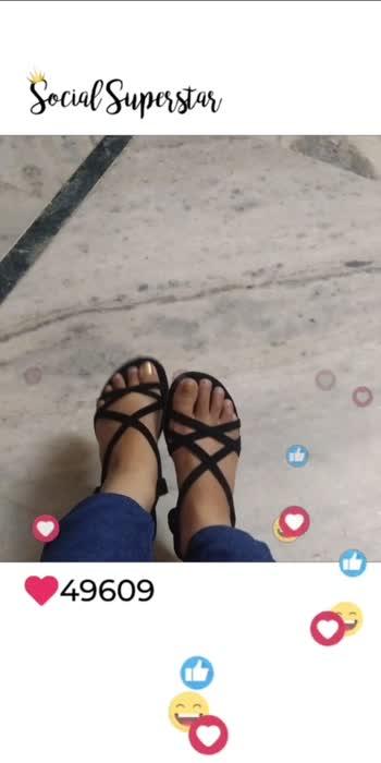 #getfamous #foot #footwear #footwearlove #love #love-status-roposo-beats