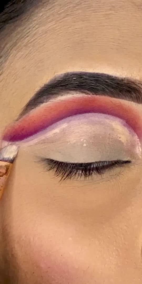 🌅🌅🌅🌅    #sunsetmakeup #eyemakeuplook #eyemakeuptutorial #colourfuleyeshadow #makeuptutorials #glancexroposo #artistonroposo  #makeuproposo #trendingonroposo #fypage #followforfollow #likeforlike