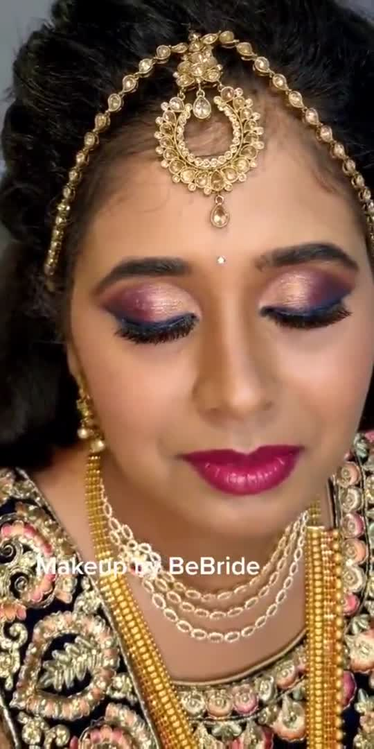 Megantha Tone with peach shade given faded blue liner ... every part of making it look perfect ...  smile_upon_a_eye  #roposo-wow #roposoindia #roposostyle #roposochannels #roposokannada  #kannadareel #kannadareelsofficial #kannadaactress #palacegrounds #palacegroundbangalore #palaceground #banaglorewedding #bangalorebeautyblogger #bangalorebridalmakeupartist #makeupartists #makeupartistbangalore #bebridemakeup #makeupbybebride
