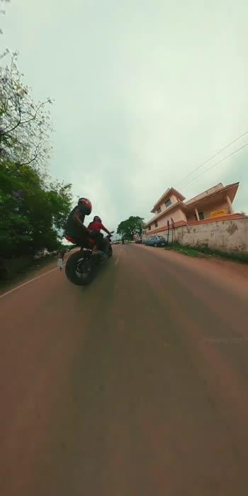 Triumph #alappuzha #rider #bikelover #travelgraphz #travelgram #bikelife #statusvideo #whatsappstatus #whatsapp_status_video #whatsapp-status #riderforlife