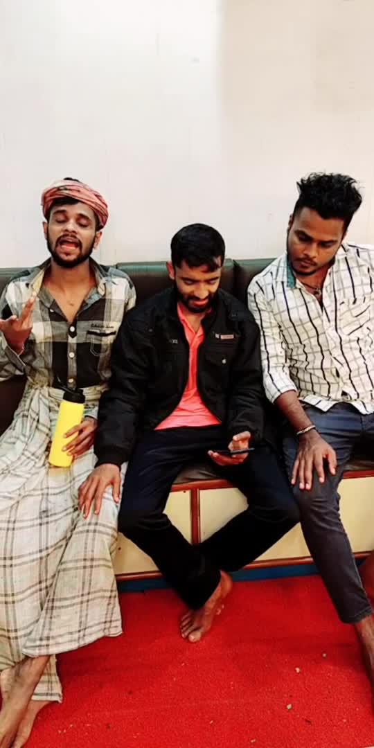 ಒಂದು ಬಾಟಲ್ ಎಣ್ಣಿಯ ಕಥೆ 😂😜#kannada #kannadacomedy #funny #comedy #sulliaboys #mangalorian #ropososhiningstar