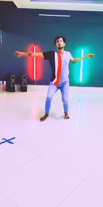#agartumsaathho #vishalmishra #contemporarydance #contemporarydancers #freestyledance #glancexroposo #glanceroposo #love #feelings #emotions #sad-romantic #roposo #roposostar #roposostarchannel #roposorisingstar #roposorisingstarchannel #viral #viralvideo