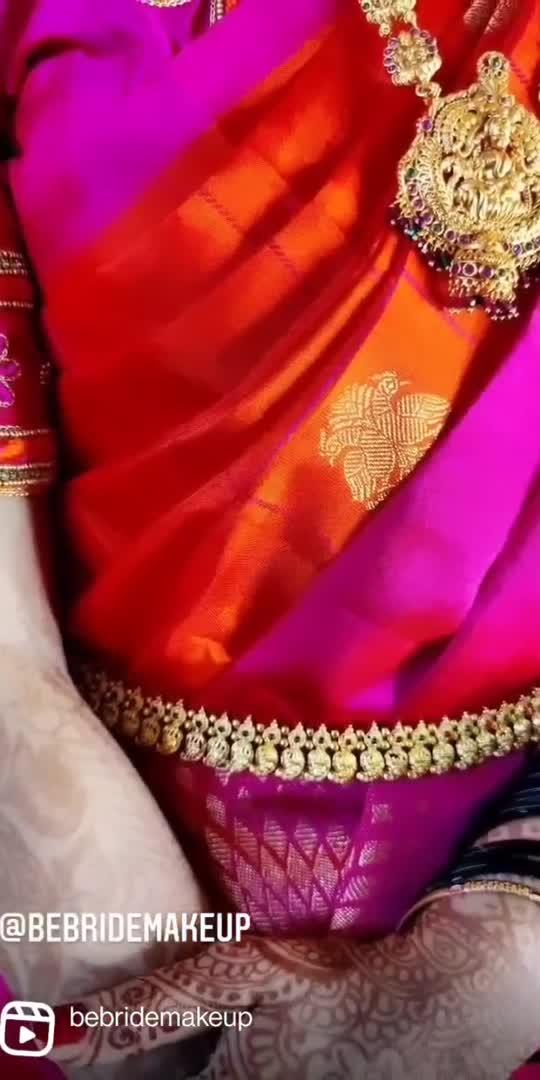 A saree has the power to convert a girl next door into an artist's muse!   #bebridemakeup #bangalore #roposostar #makeupartist #makeup #bride #bridesofindia #bridalmakeup #makeupartistsworldwide #bengaluru #followforfollow