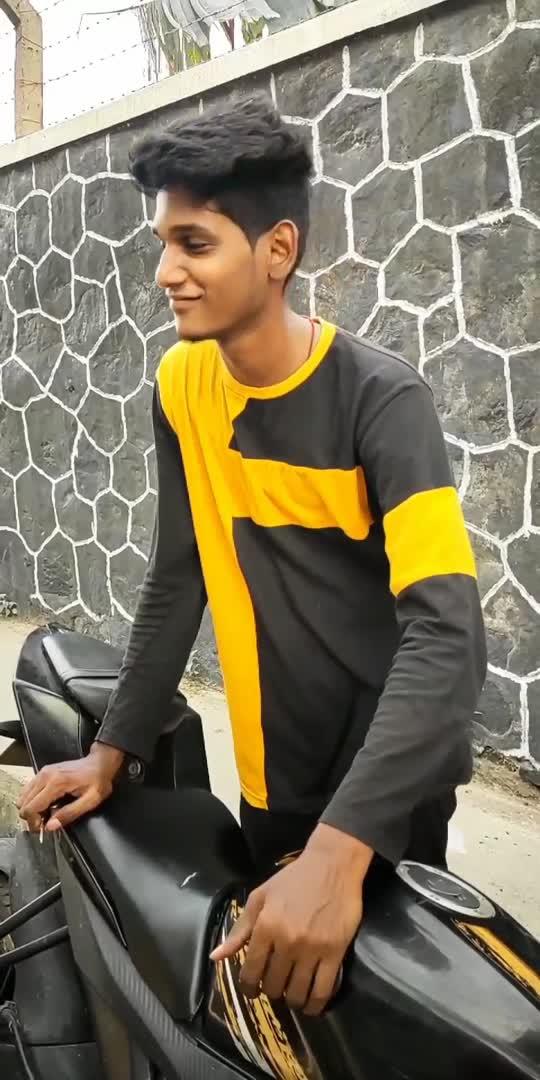 paka pakatha pudikum 🤗 #tamil #tamilsong #roposostar #roposo #roposoindia #tamilroposo #tamilbeats #reels #vira #viralvideo #viralroposo #video #mass #king #life #lifeline