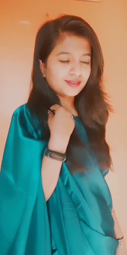 #sareestyle #shweta #viral #trending #roposostar #roposostarchannel #kannadathi #kannadadubsmash_official #sareelove #lovesong
