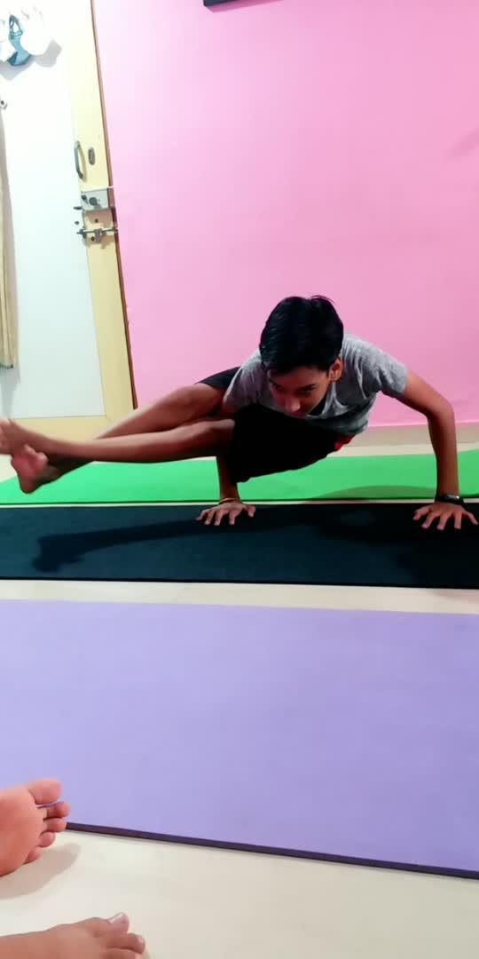 #viralvideoonroposo #viralvideo #yogalove #yogainspiration #yogaday #yoga #trendingonroposoindia