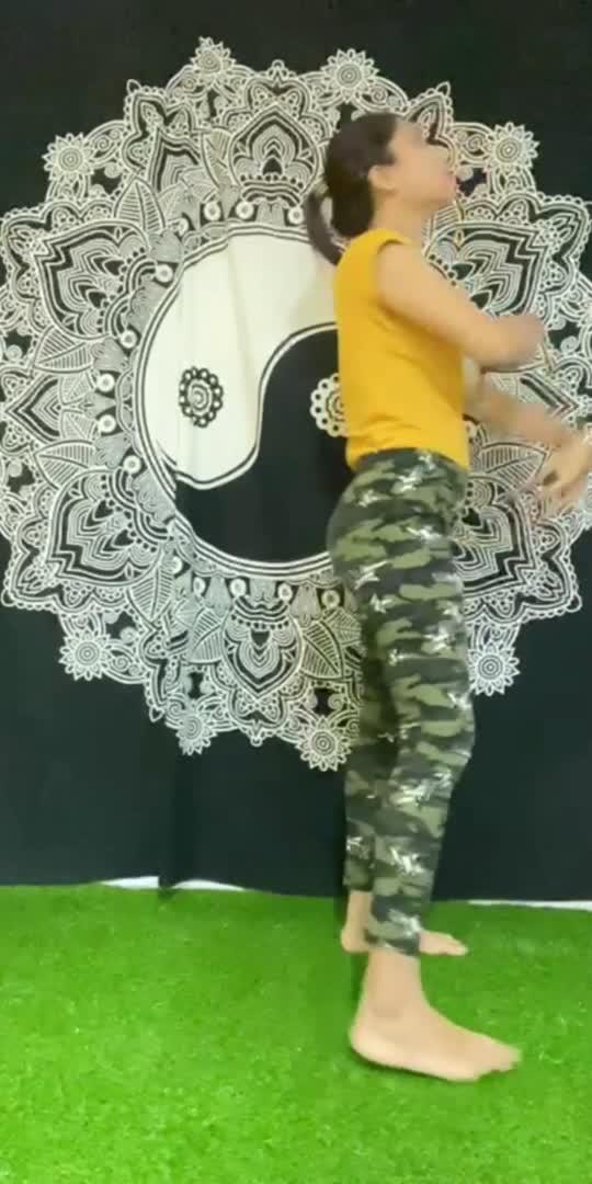 #yogachallenge #fitnessmodel