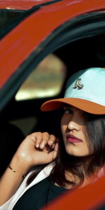 How to pose wearing caps? 😘 #caplove #roposolove ❤️
