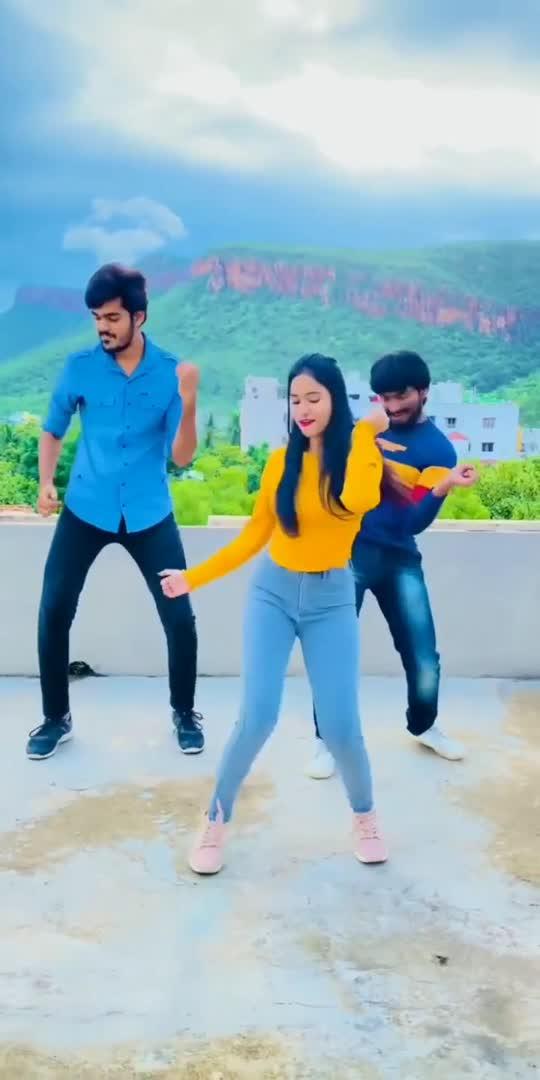 kya bhai boltee 💃💃#foryoupage #dancechallange #by #nehachowdary25
