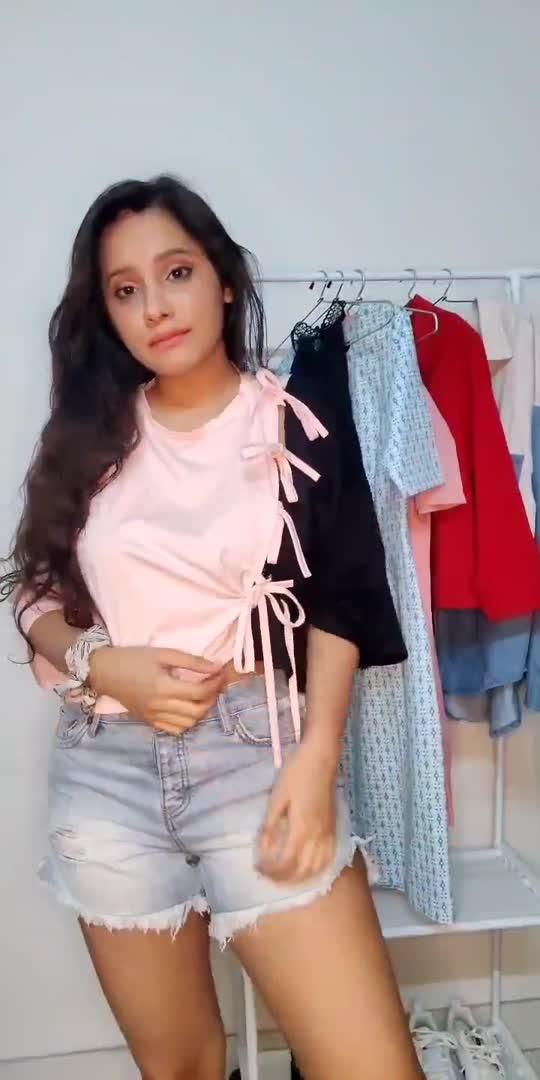 sporty look!  #trendingvideo #naseeb #bollywood #sportylook #fashionblogger #delhifashionblogger #roposo-beats #roposostar #viral #shorts
