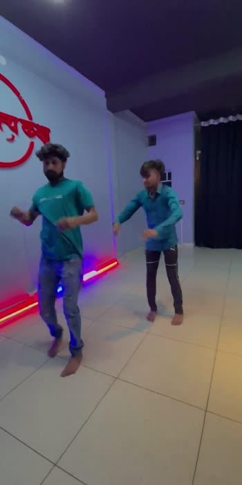 #dance #contemporary #contemporarymoves #dancevideo #roposoindia #roposo-beats #roposocontest #roposorisingstar #roposo-masti