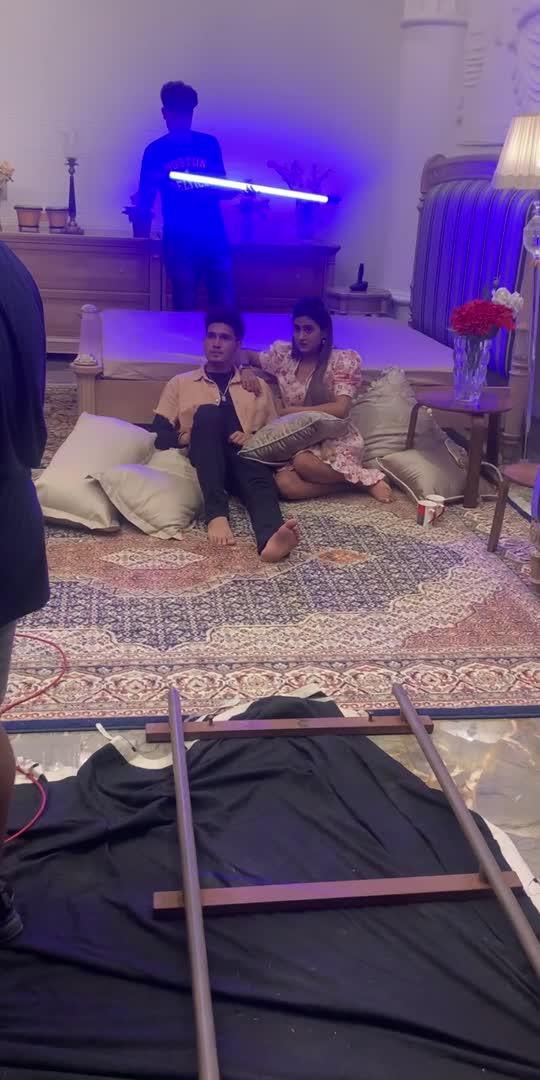 #viral #viralvideo #trending #trendingvideo #love #anjaliarora #karanrandhawa #drama #dramabaz #showsomelove #roposostar #roposolove