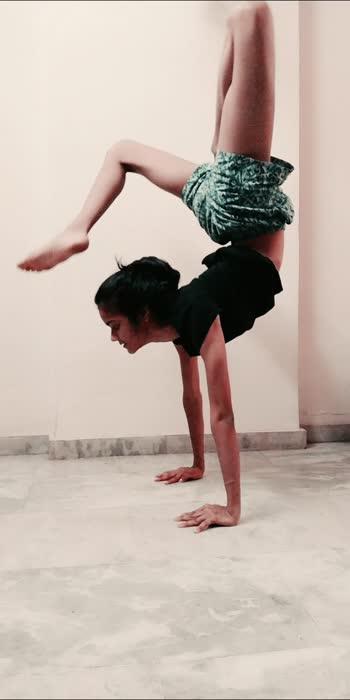 #yoga #handbalancing