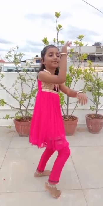 ಕಾಲು ಗೆಜ್ಜೆ ...............💃🏻💃🏻💃🏻 #childartist  #kaarunyaramesh #roposostar  #reteoqueen  #reposo  #retrosongs  #retrodance