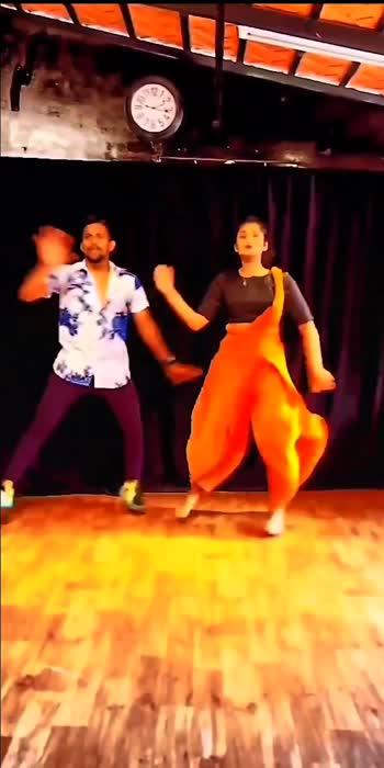 #basanti #missindiafit #vacation #roposostar #beatschannel #channeltreading #trendingdancevideo #trendinghastags #kannadastatusvideos #kannadasongsnadamusically #kannadadubsmash #kannadadubsmash_official #kannadaroposostar #dancewithme #danceronroposo #dancetrends #lifestyleblogger #fashionblogger #choreographer #choreographerlife