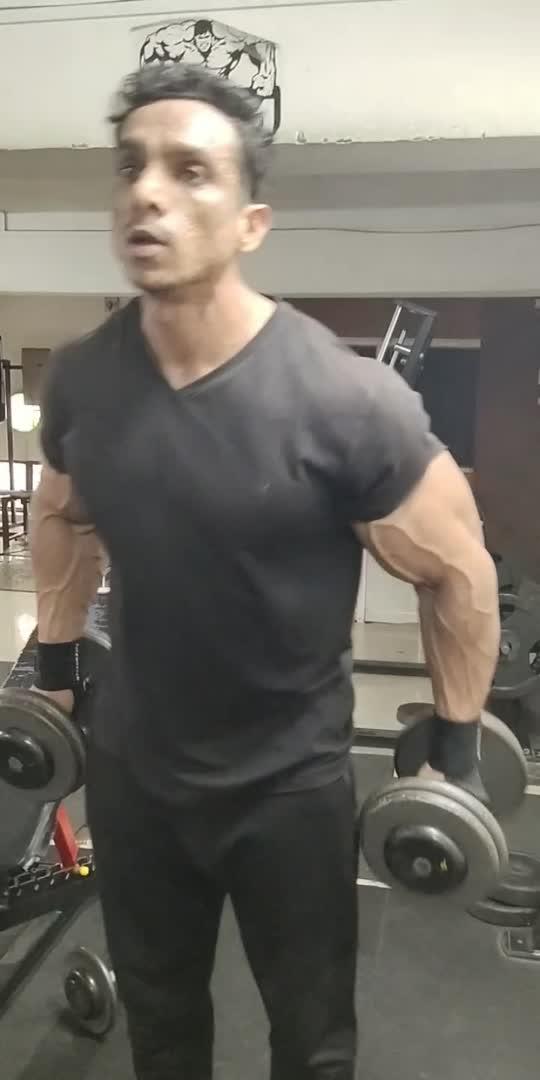 Hamar BICEPS curls #bodybuilding #fitness #gymmotivation #fitnessmotivation