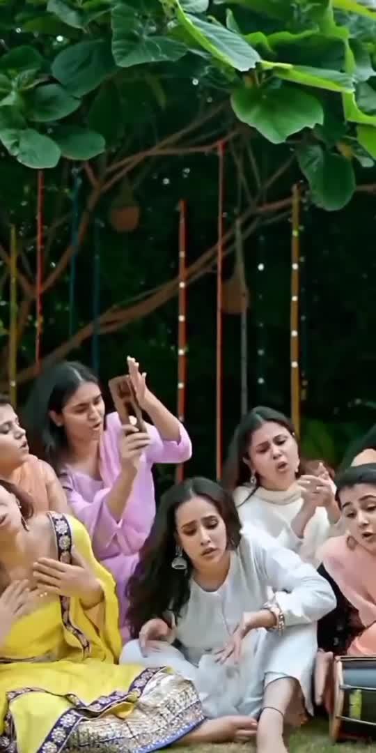 chori chori 🧐 .#trending #viralvideo #nimratkhaira #sunandasharma