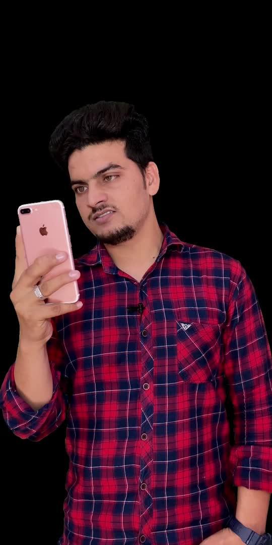 Waqt sab sikha deta hain ✍️ . . #roposo #roposostar #glance #glancexroposo #motivation #motivationalquotes #motivationstory #shayari #shayarilover #shayaripost #viral #viralvideo #trending #trendingvideo #sharethevideo