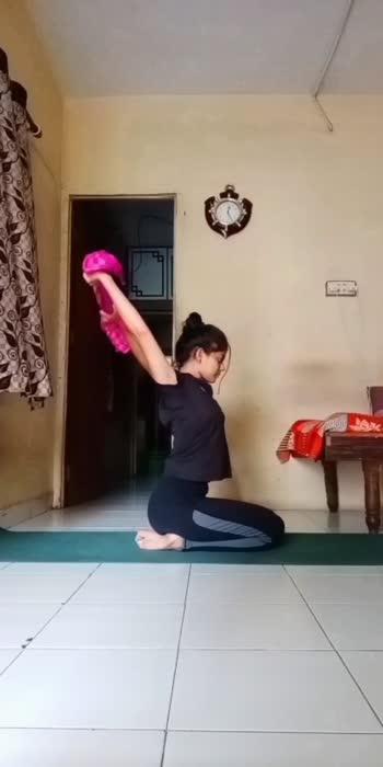 #yogaforshoulder #shouldermobility #explore #foryou #yoga #yogaeverydamnday #yoga4roposo