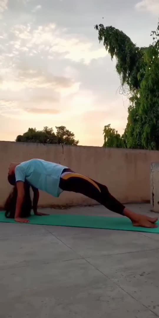 #yoga #yogalove #yogalife #yogainspiration #yogajourney #yogaeveryday #yogapractice