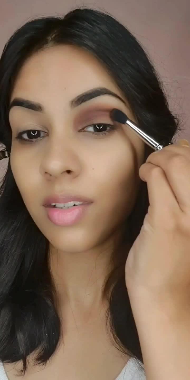 #makeuptutorial #eyemakeup #trending #roposostar #viral #beautiful