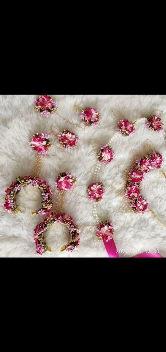 Flowerjewellery