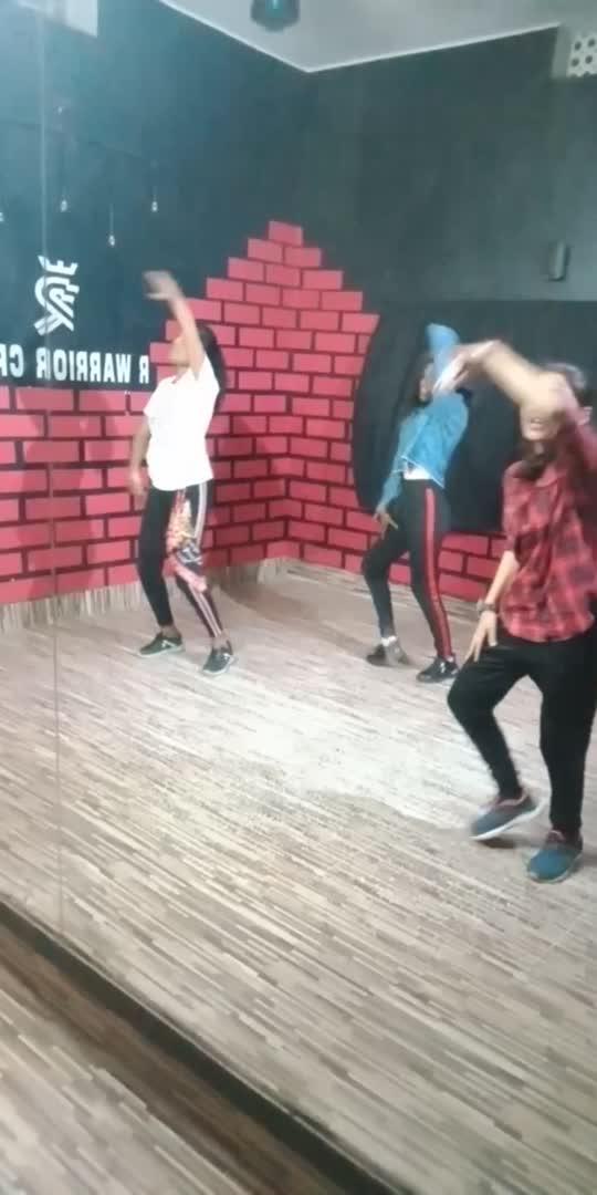 #zalima #pleasesupportme #foryoupagevideo #roposo-dance