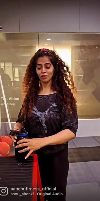 #aanchufitness #curlyhair