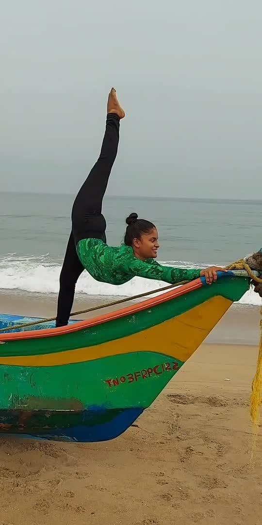 #yoga #powerfulpavi